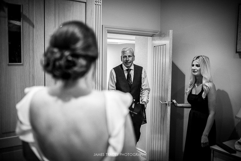 WHITE HART LYDGATE WEDDING PHOTOGRAPHY KATY AND JON-12