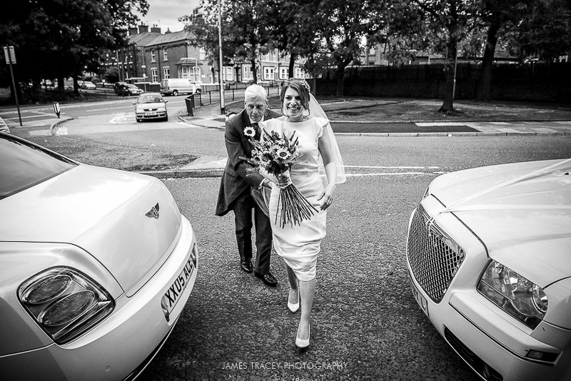 WHITE HART LYDGATE WEDDING PHOTOGRAPHY KATY AND JON-17