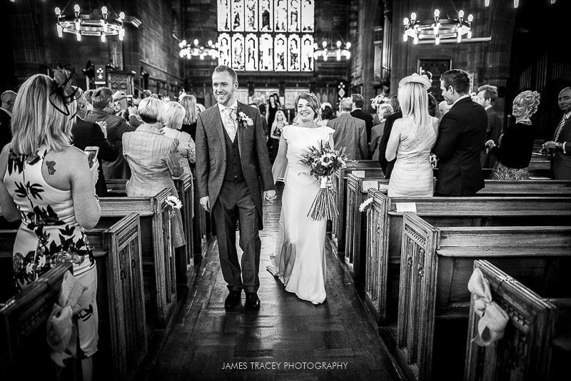 WHITE HART LYDGATE WEDDING PHOTOGRAPHY KATY AND JON-31