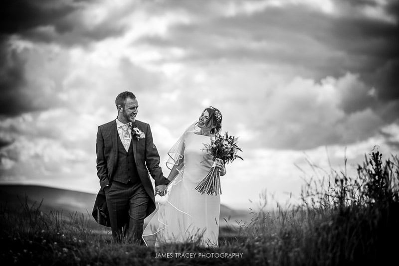 WHITE HART LYDGATE WEDDING PHOTOGRAPHY KATY AND JON-38