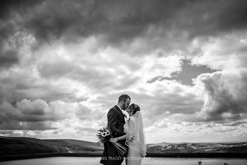 WHITE HART LYDGATE WEDDING PHOTOGRAPHY KATY AND JON-39