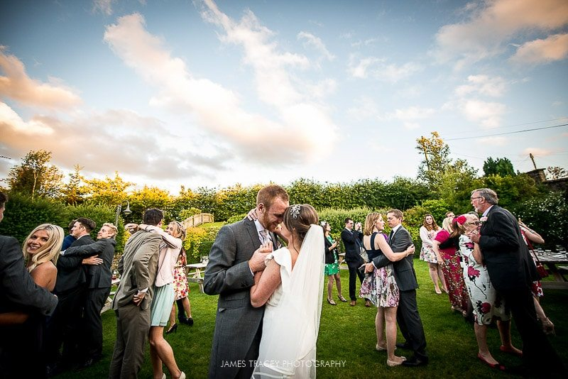 WHITE HART LYDGATE WEDDING PHOTOGRAPHY