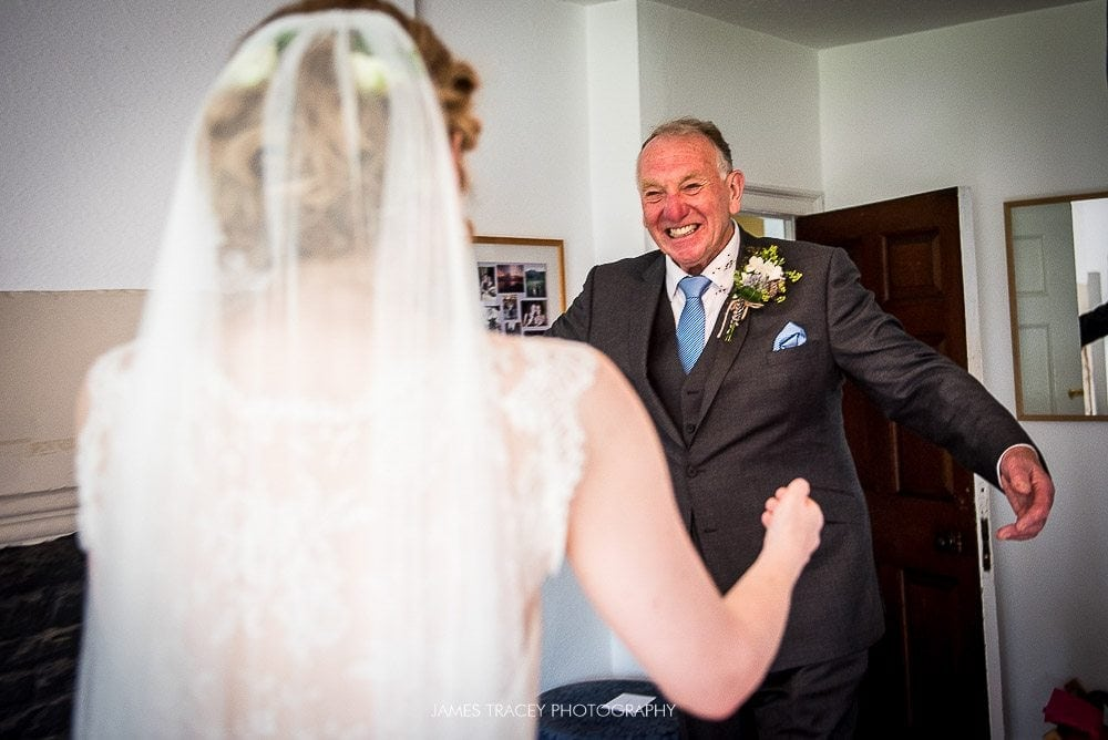 father of the bride seeing his daughter