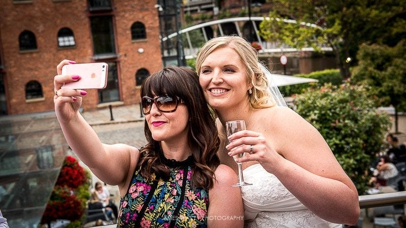 wedding guest selfie