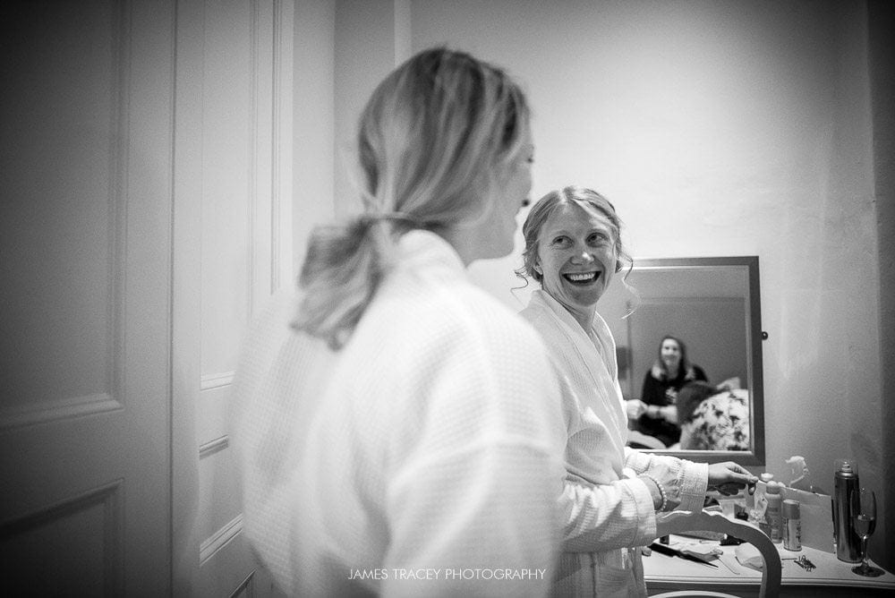 bride getting ready at ashton memorial wedding