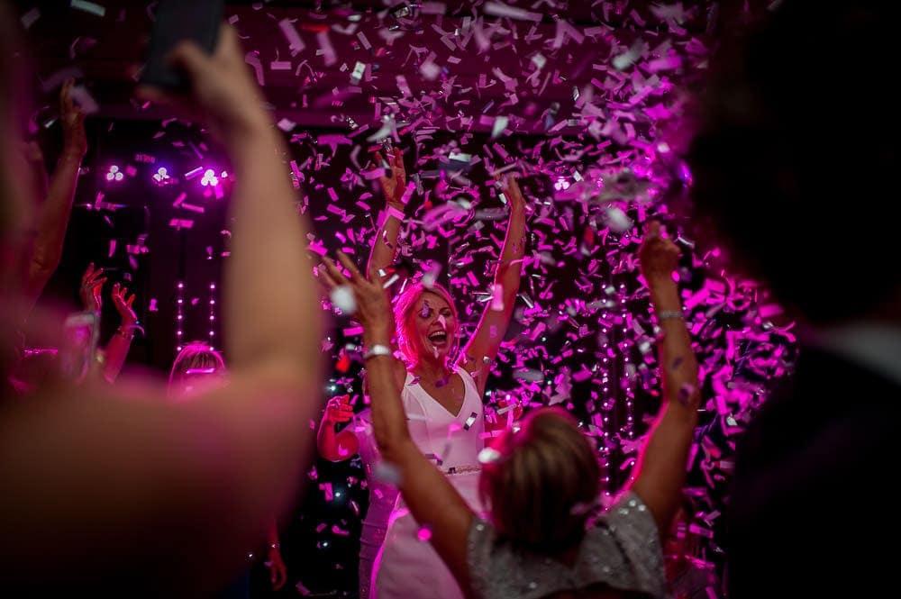 confetti photo at the mere
