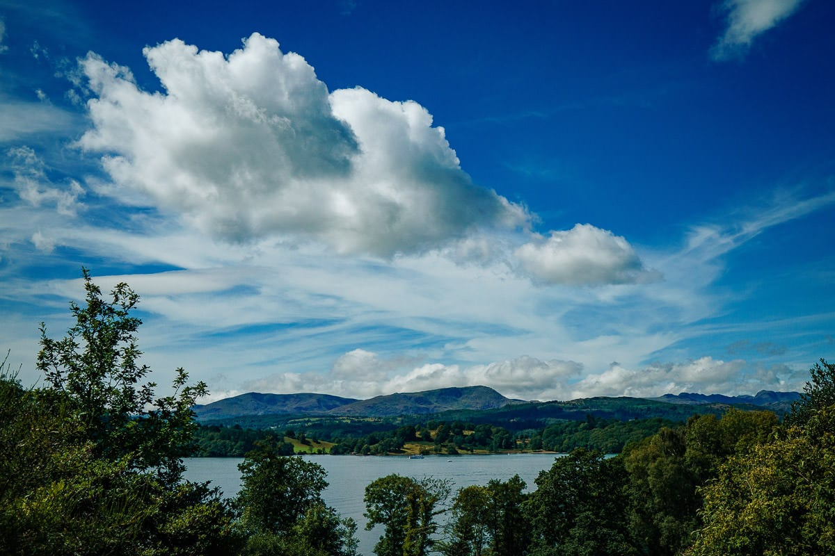 wide angle photo of lake windermere