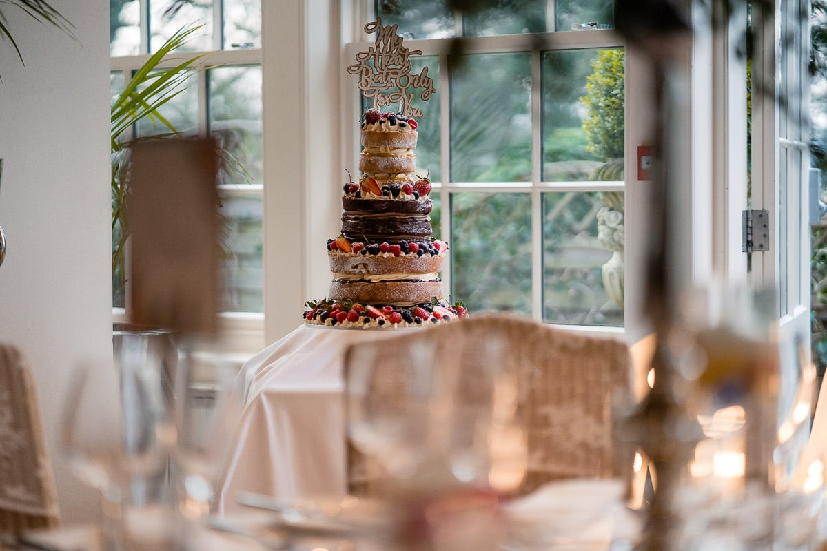 wedding cake at mitton hall