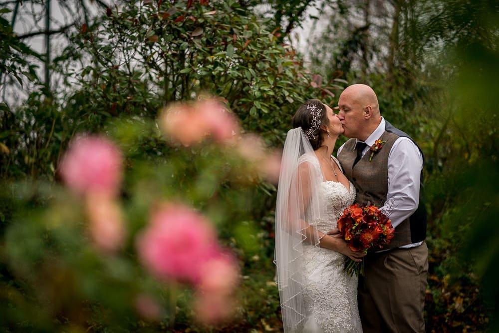 wedding photos at styal lodge
