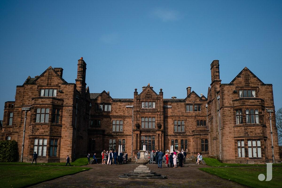 wide angle of Thornton Manor